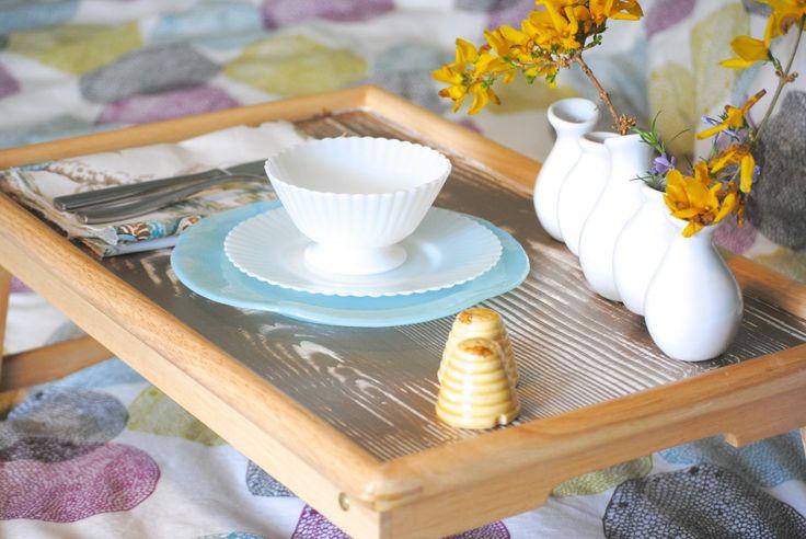 breakfast in bed with vintage petalware