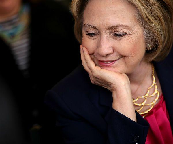 Attorney Gen. Loretta Lynch and DOJ Workers Contribute $75,000 to Clinton Campaign