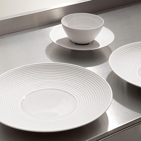 22 best tablewear images on pinterest berlin berlin germany and porcelain. Black Bedroom Furniture Sets. Home Design Ideas