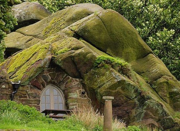 11 best images about cave underground homes on pinterest for Modern hobbit house