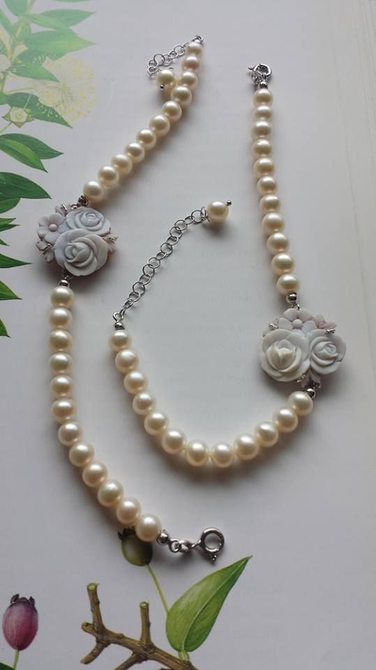 bracelets with cameo, pearls and silver