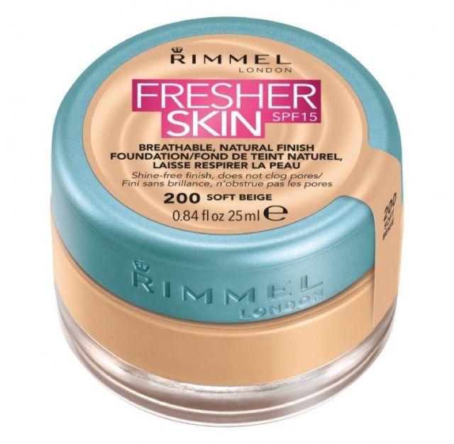 Rimmel London Fresher Skin Fondotinta SPF 15. Prezzo: 9,99€ su ASOS.it
