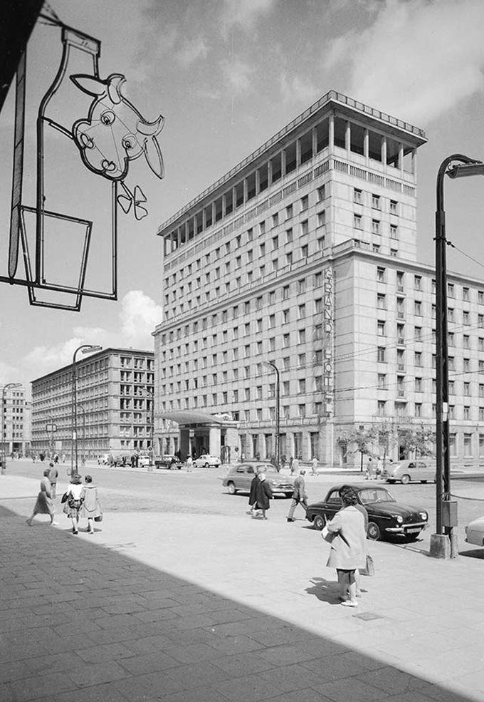 Grand Hotel lata 60 NAC