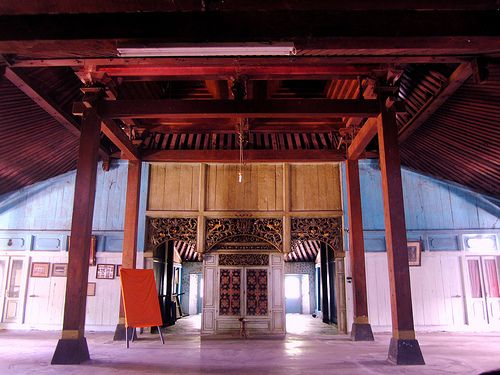 Interior of the Pendopo of nDalem Purwodiningratan.Javanese typical house, Joglo. This is the Pendopo of nDalem Purwodiningratan.