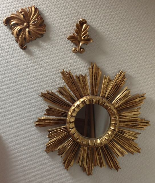 Antique carved wooden gilded items - Antique wooden gilded sun mirror