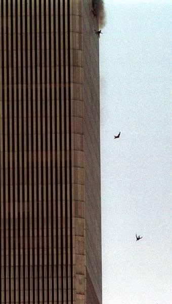 September 11, 2001 #NeverForget <3 ~ Word Trade Center: No words to describe this photo ....