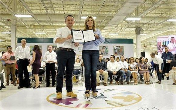 IMSS recibió folios de autorización para impartir educación preescolar para más de 12 mil niñas y niños de 74 guarderías en Sonora - http://plenilunia.com/escuela-para-padres/imss-recibio-folios-de-autorizacion-para-impartir-educacion-preescolar-para-mas-de-12-mil-ninas-y-ninos-de-74-guarderias-en-sonora/46363/
