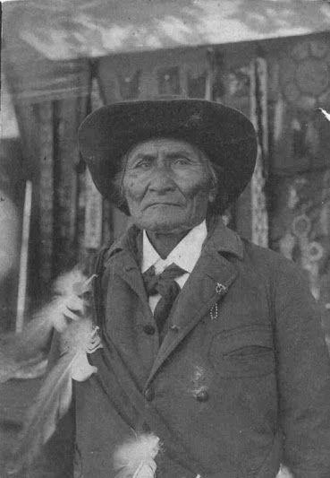 Goyaale (aka One Who Yawns, aka Smart One, aka Geronimo) - Chiricahua Apache - 1904