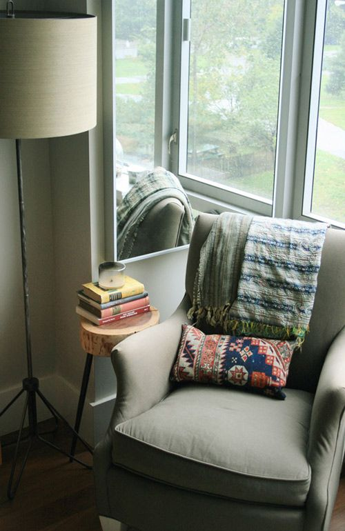 i need a reading corner like this one!: Cozy Nooks, Living Rooms, Window, Cozy Corner, Reading Corner, Reading Chairs, Reading Nooks, Natural Lights, Small Spaces