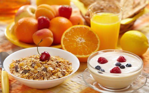 Здоровый завтрак: что в разных странах едят по утрам  http://joinfo.ua/health/1197434_Zdoroviy-zavtrak-raznih-stranah-edyat-utram.html  Если вам не хватает идей для здорового завтрака, мы представляем некоторые здоровые завтраки из различных стран мира. Здоровый завтрак: что в разных странах едят по утрам , читайте...