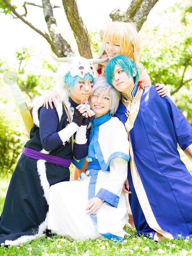Aaaw they are so cute together! <3 | Akatsuki no Yona Cosplay