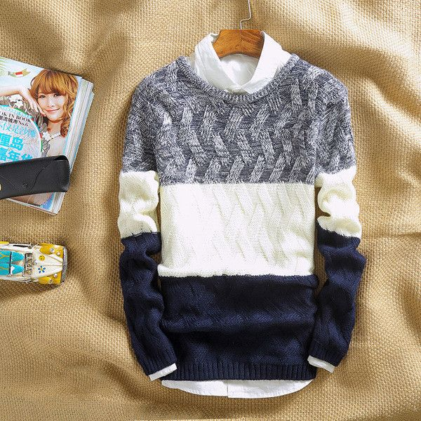 Mens Comfortable Crossover Pattern Sweater