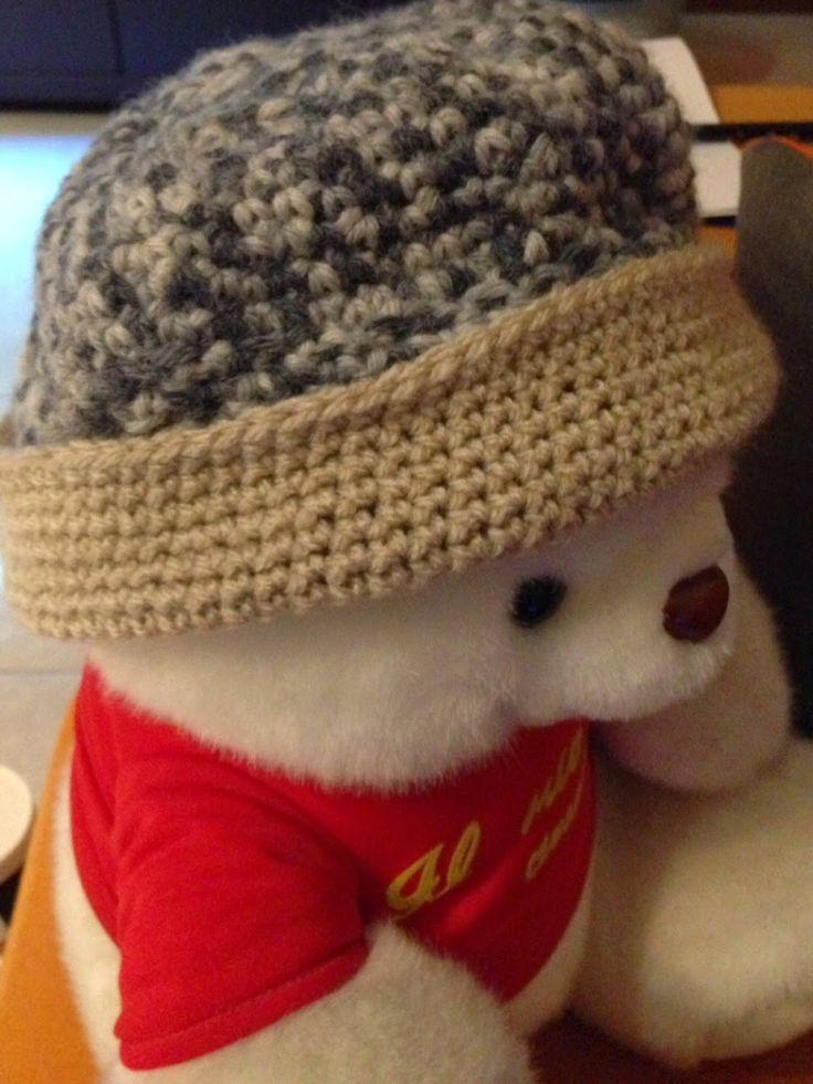 uncinettoadrimili: Un caldo cappellino bicolore