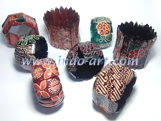 sono wood bracelet batik