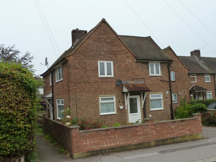 £210,000  2 Bedroom Semi Detached Maisonette - Merebank Lane, Croydon, Surrey, CR0 4NP Estate Agents