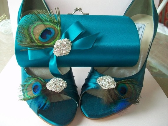peacock pumps & clutch