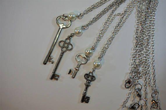 Silver Antique Key Necklaces, pendant, jewelry https://www.etsy.com/ca/listing/484266575/elegant-antique-key-necklace