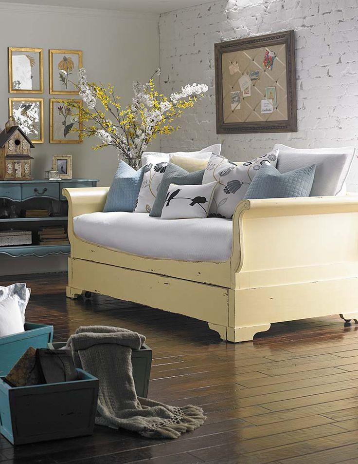 Fresh Mallery Hall Furniture