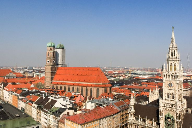 München Sehenswürdigkeiten, Top10 Reisetipps für die bayrische Hauptstadt, Marienplatz, Oktoberfest und Biergärten, Allianz-Arena und Frauenkirche, Aussicht