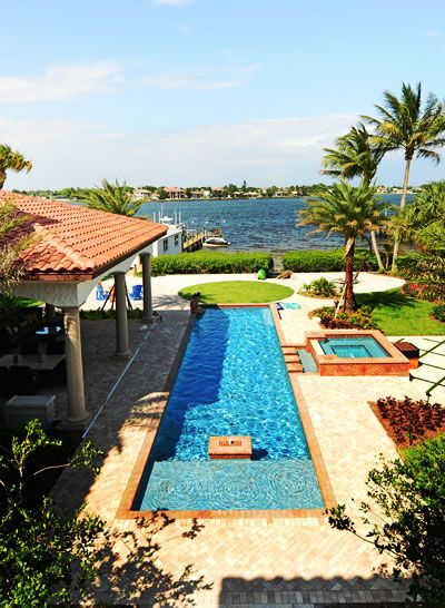 Outstanding Jupiter Florida waterfront home in spectacular Admirals Cove. #admiralscove #admiralscovehomes