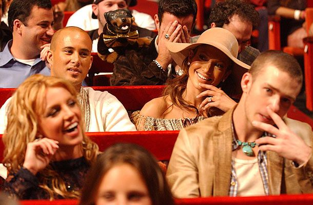 brit with justin jlo cris judd at the vmas 2001