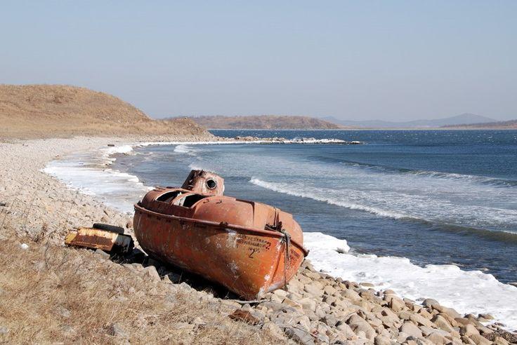 Abandomed boat (Khasan district, Primorsky kray, Russia)