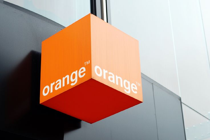 French telecom firms Orange and Bouygues discuss merger