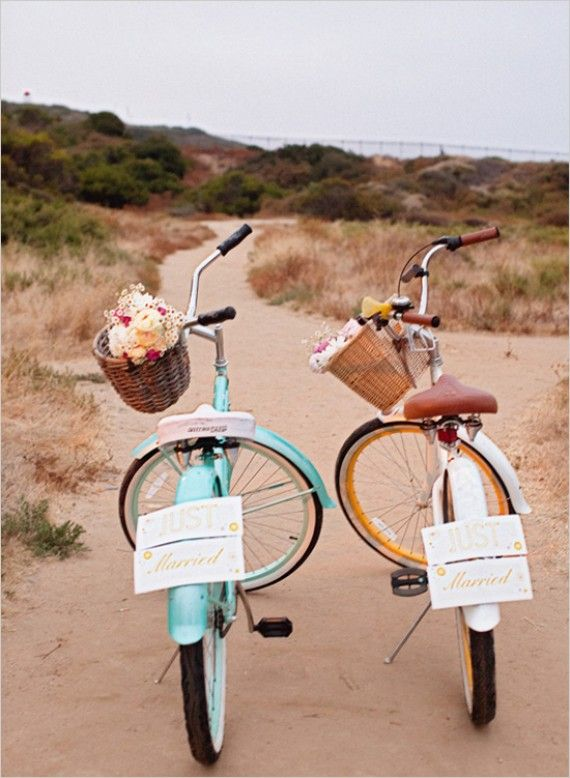 just married #wedding #bikes (i love this!) photo by sarah layne photography via wedding chicks