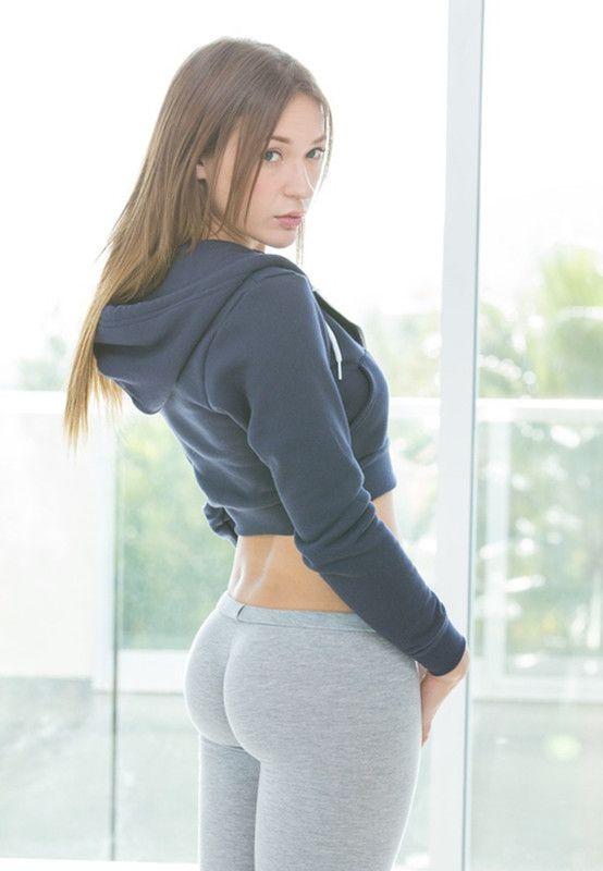 FITNESS 100 - fit girls   Hot Women.. just pure beautiful, trim ... 8db86344f774