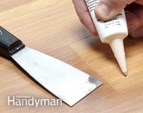 Fix damaged laminate flooring