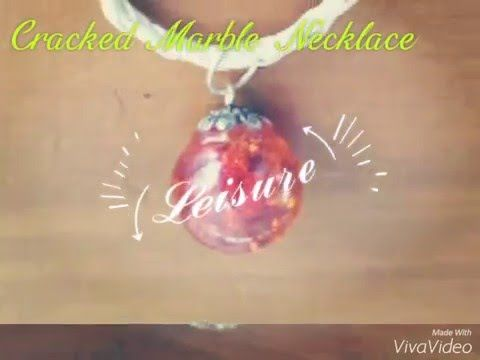 Cracked marble necklaces A very easy process and they look so effective!! You must try them!! #marbles #crackedmarbles #necklaces #diyjewerlley #handmade #craft #sparkle