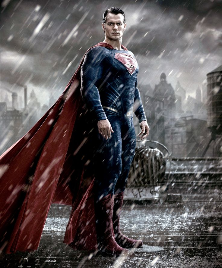 Henry Cavill Dons Superman Costume for His First Batman v. Superman Photo