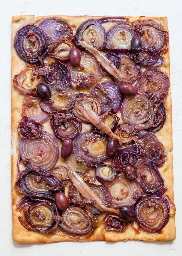 le coeur & l'estomac: ma pissaladière aux oignons rouges