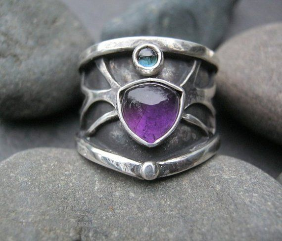 The beautiful rings of Dreia from ElfinWorks on Etsy – Janet Carr @