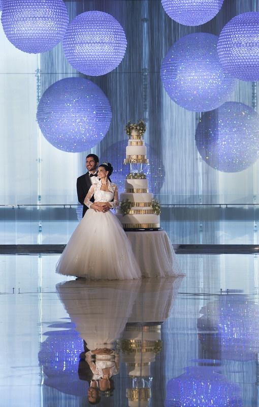 Jumeirah at Etihad Towers Hotel, Abu Dhabi - Honeymoon Destinations - Bride and Groom Lobby Chandeliers