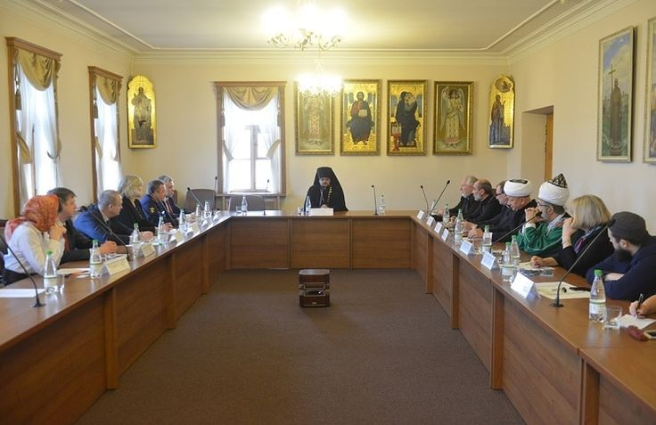 Епископ Сергей Ряховский о президентском совете и гуманитарных проектах российских конфессий
