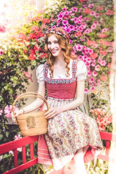 Lena Hoschek Tradition Charlotte Dirndl