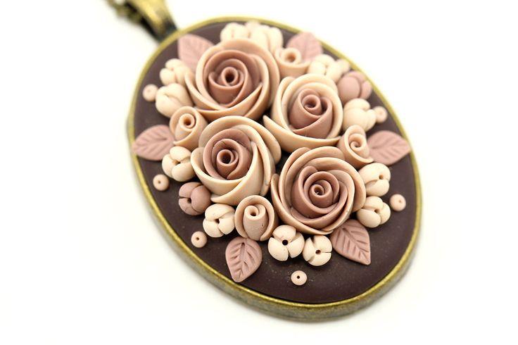 Beige Pendant Necklace Coffee with Flowers Bridal от KittenUmka