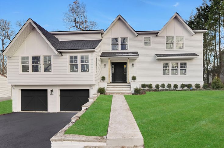 New Construction in Ridgewood, NJ! Contact me for details ...