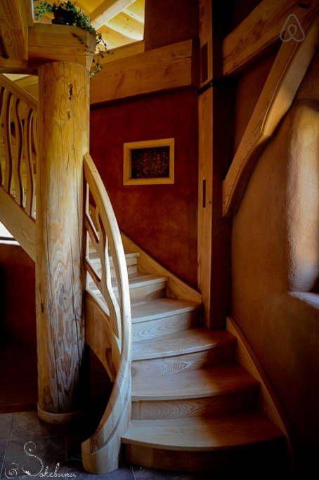 Schau Dir dieses großartige Inserat bei Airbnb an: Gîte écologique de charme -15 pers - Häuser aus Lehm und Ton zur Miete