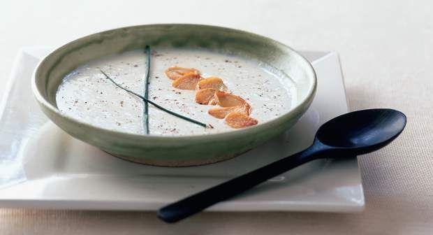 Soupe à l'ailVoir la recette de la Soupe à l'ail >>
