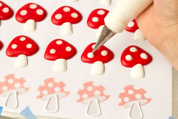 Easy Toadstool Royal Icing Transfers to make ahead and later add to cakes and cupcakes! thebearfootbaker.com