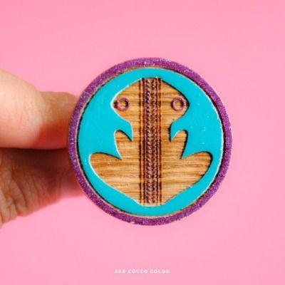 Preco Cocco Color! Anillo Rana. #accesoriosdemadera #colombia #identidad #fashion #trendy #moda #modafemenina #diseñoindependiente #diseño #blogger #fashionblogger #coccocolor #hechoamano #hechoencolombia #diseñocolombiano #artesania #artesanal