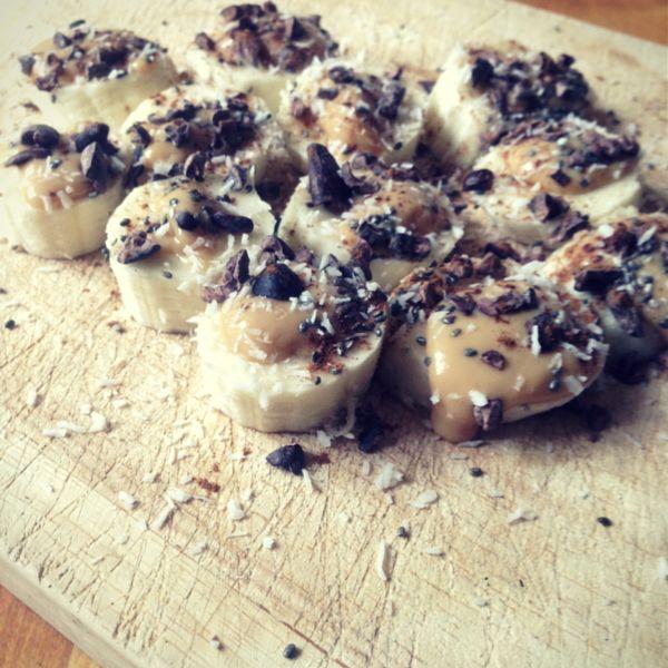 This raw dessert recipe is the easiest raw desert you will ever make.Banana Bites Raw Dessert Recipe. greenpress.co