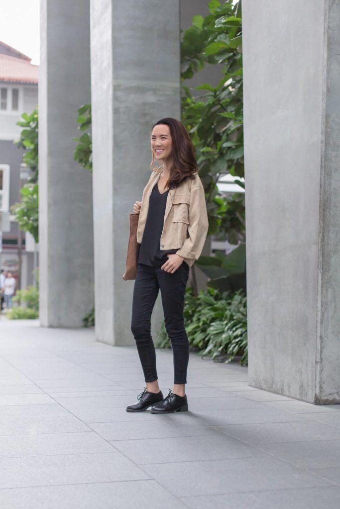 SHENTONISTA: Starting Up. Alicia, Marketing branding. Top from ZARA, Jeans from Topshop, Shoes from River Island. #shentonista #theuniform #singapore #fashion #streetystyle #style #ootd #sgootd #ootdsg #wiwt #popular #people #male #female #womenswear #menswear #sgstyle #cbd #ZARA #Topshop #RiverIsland