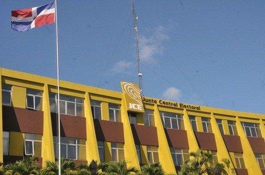 JCE extiende plazo para corrección y depósito de los pactos entre partidos políticos