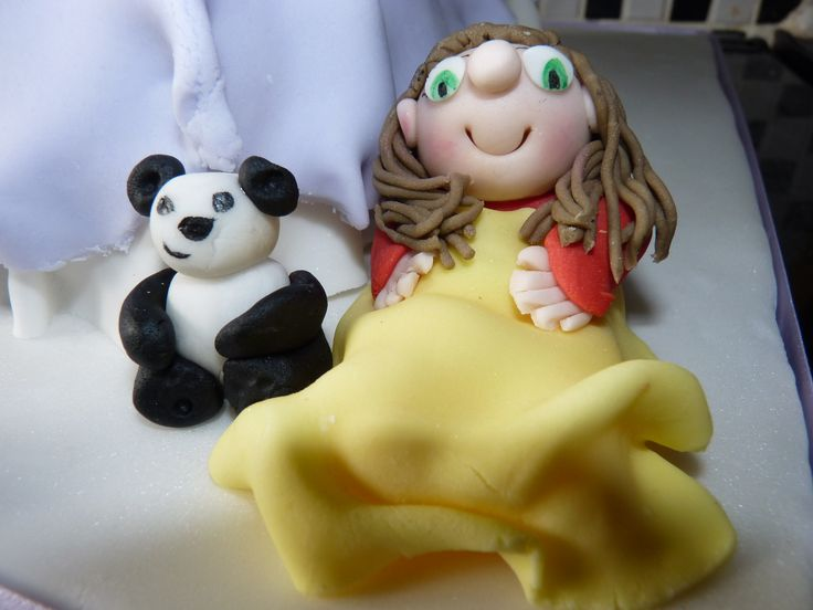 My youngest daughter in sugarpaste form, complete with her favourite teddy and her blankie