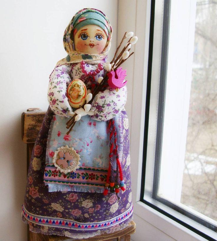 """19 Me gusta, 1 comentarios - Римма Ивановна (@rimma_volchenko) en Instagram: """"Скоро Пасха,куколки идут пасхальные. #народныйстиль #народныекуклы #русскийстиль #русскаякрасавица…"""""""