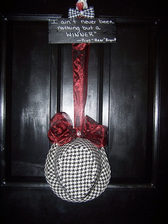 Alabama Crimson Tide Houndsooth Door Hanger by CurlyQsCreation, $35.00