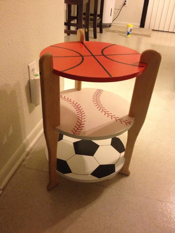 Sports table...this would be great for Aidan's room once he can be trusted...that my never happen